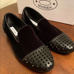 Men's 11M Steve Madden spiked loafers : new